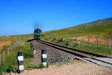 Free Qinghai-Tibet Railway From Qinghai Lake Pratas Stock Image - 7867691