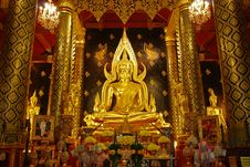Free Golden Buddha Royalty Free Stock Image - 7868476