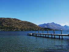 Free Lake With Pier And Mountains Stock Photography - 7868812