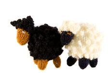 Free Crocheted Lamb Stock Photo - 7872470