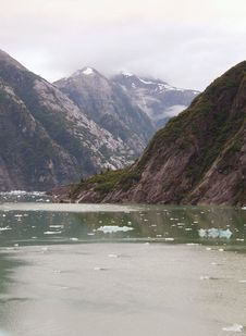 Free Tracy Arm Fiord Royalty Free Stock Photos - 7876748