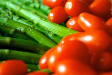 Free Ripe Brightly Colored Asparagus And Tomatoes Stock Photos - 7876973