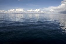 Free Lake Titicaca Waterscape Royalty Free Stock Image - 7878436