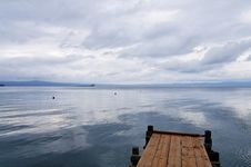 Free Cloudy Lake Stock Images - 7881704