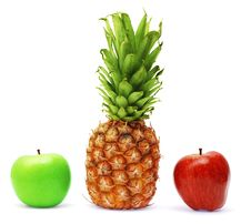 Free Fresh Apples And Pineapple Royalty Free Stock Photography - 7883247