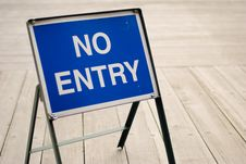 Free No Entry Sign Royalty Free Stock Photo - 7883585