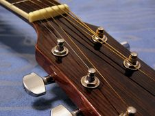 Free Guitar Strings Royalty Free Stock Images - 7887139