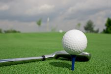 Free Ball And Club Shade Mirror Royalty Free Stock Photo - 7889905