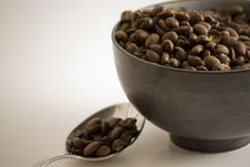 Free Coffee In Bowl With Spoon Stock Photo - 7890420