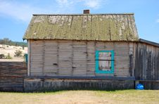 Free Old Abandoned Wooden House Stock Photo - 7891370