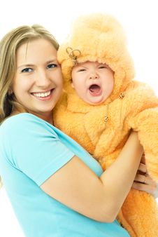 Free Young Mother With A Cryling Baby Royalty Free Stock Images - 7892369