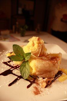 Free Dessert Phyllo Custard Stock Photo - 7893130