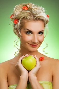 Free Woman With Ripe Green Apple Royalty Free Stock Photo - 7894165