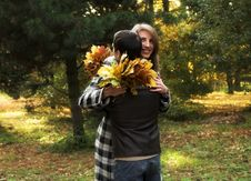Free Loving Couple In An Autumnal Park Stock Images - 7894354