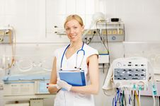 Free The Nurse Royalty Free Stock Images - 7895209