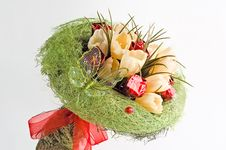 Free Bouquet Of Artificial Flowers Royalty Free Stock Images - 7895869