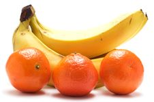 Free Bananas And Tangerines Royalty Free Stock Image - 7896336