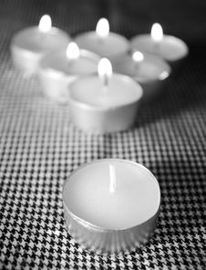Free Advantage Of A Candle Stock Photography - 7896412