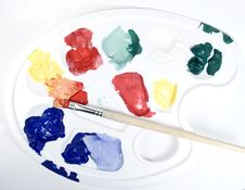Free Palette With Paints And Paintbrush Stock Photography - 7896802