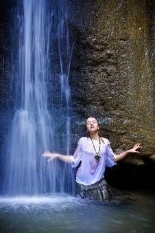 Pleasure Under Waterfall Stock Images