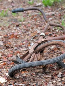 Free Rusty Bicycle Royalty Free Stock Photo - 791625