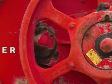 Free Bright Red Steel Crank Wheel Stock Image - 796931