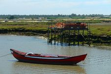 Free Red Boat Royalty Free Stock Image - 798756