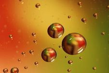 Free Waterdrops Background Royalty Free Stock Photography - 7900577