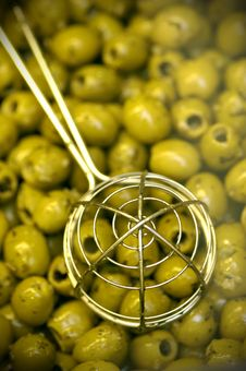Free Ladle On Green Olives Royalty Free Stock Photography - 7902307