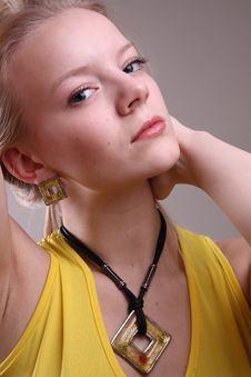 Free Fashion Model In Studio Royalty Free Stock Photo - 7909245