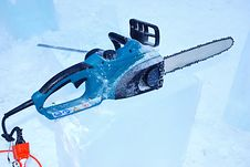 Free Chainsaw On The Ice Royalty Free Stock Photos - 7909508