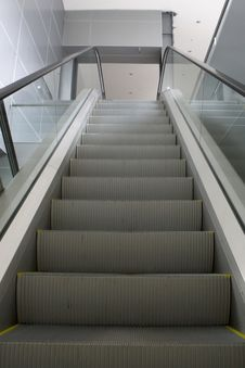 Free Grey Escalator Royalty Free Stock Image - 7913656