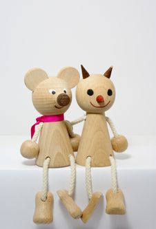 Wooden Figures Of Friends - Friendship Royalty Free Stock Images
