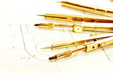 Free Drawing Compasses Royalty Free Stock Photo - 7914355