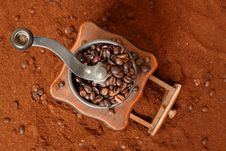 Free Coffee Grinder Royalty Free Stock Image - 7914986