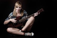 Free Woman With Electric Guitar Stock Photo - 7915180