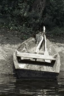 Free Boat On The River Bank Stock Photos - 7916613