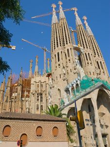 Free Temple Sagrada Familia- In Barcelona Royalty Free Stock Photo - 7917235