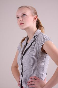 Free Fashion Model In Studio Royalty Free Stock Images - 7918109