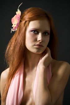 Free Beautiful Women With Flower In Her Hair Royalty Free Stock Image - 7922166