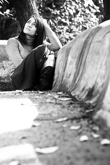 Free Pensive Woman Royalty Free Stock Images - 7922599