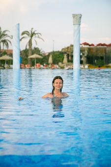 Free Woman In The Pool Stock Photography - 7924662