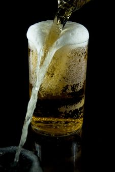 Free A Glass Of Cold Beer Royalty Free Stock Photography - 7925067
