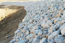 Free Gravel Embarkment Royalty Free Stock Photography - 7927087