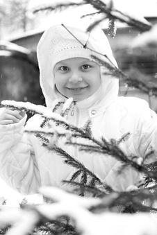 Free Girl On Winter Vacation Stock Photography - 7929282