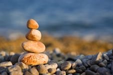 Free Balanced Stones On Sea Stock Photo - 7930540