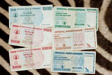 Free Official Currency Of Zimbabwe Royalty Free Stock Images - 7935899
