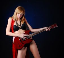 Free Woman With Electric Guitar Royalty Free Stock Photos - 7935998