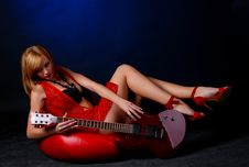 Free Woman With Electric Guitar Stock Photography - 7936032