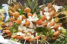 Free Tomatoe And Mozarella Kebabs Stock Image - 7939301